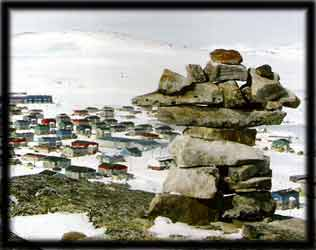 native inuit town communities in canadian arctic