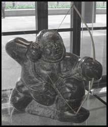 image inuit hunting art sculpture